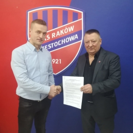 Prezes M.Wichrowski wraz z Dyrektorem do spraw szkolenia młodzieży Markiem Śledziem